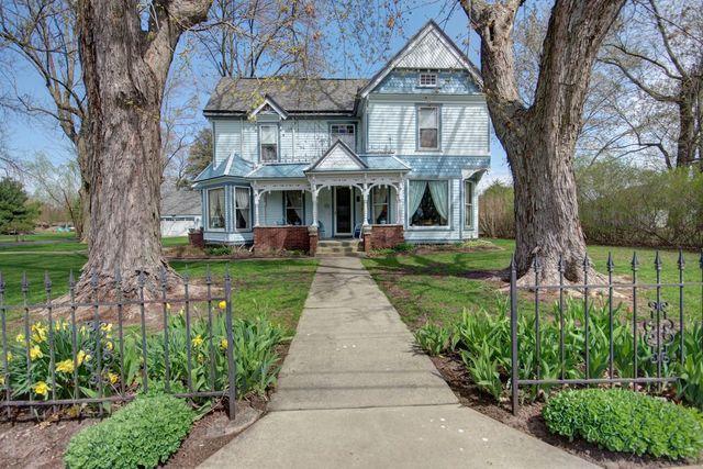 300 E Adams Street, PESOTUM, IL 61863 (MLS #10341684) :: Janet Jurich Realty Group