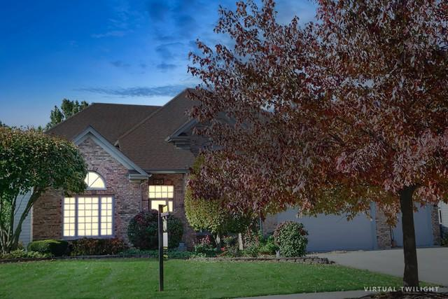 2243 Comstock Lane, Naperville, IL 60564 (MLS #10341829) :: Helen Oliveri Real Estate