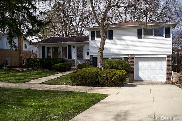 230 Dulles Road, Des Plaines, IL 60016 (MLS #10341871) :: Berkshire Hathaway HomeServices Snyder Real Estate