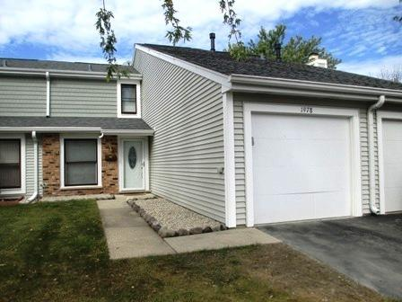 1978 Franklin Place, Hoffman Estates, IL 60169 (MLS #10342009) :: Century 21 Affiliated