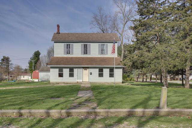 301 S Morgan Street, BEMENT, IL 61813 (MLS #10342081) :: Janet Jurich Realty Group