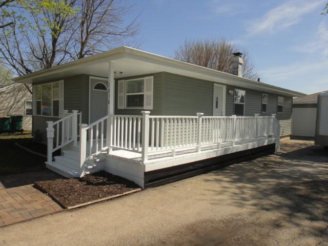 1038 Wild Street, Sycamore, IL 60178 (MLS #10342098) :: Leigh Marcus | @properties