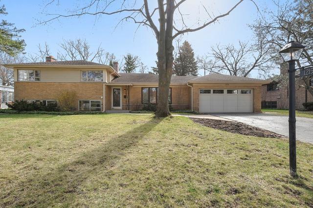 1215 Hillside Drive, Northbrook, IL 60062 (MLS #10342230) :: Helen Oliveri Real Estate