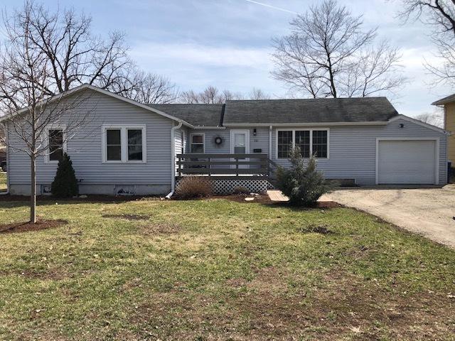 501 1st Street, Mendota, IL 61342 (MLS #10342232) :: Helen Oliveri Real Estate