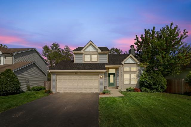 N717 Woodlawn Street, Wheaton, IL 60187 (MLS #10342239) :: Berkshire Hathaway HomeServices Snyder Real Estate