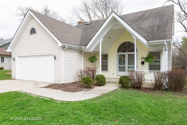 707 Sunny Lane, Barrington, IL 60010 (MLS #10342571) :: Century 21 Affiliated