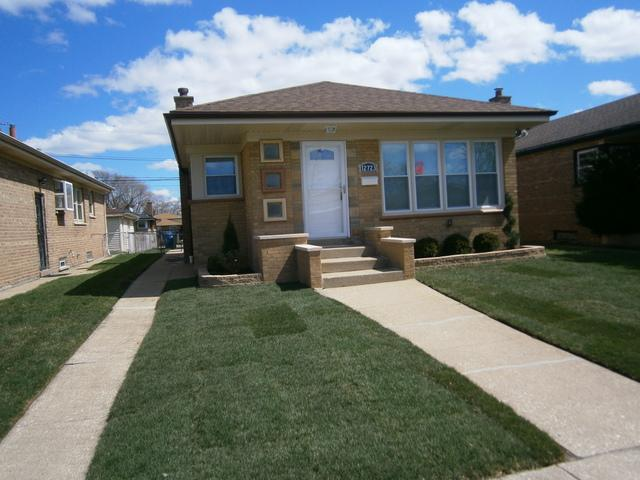 12723 S Loomis Street, Calumet Park, IL 60827 (MLS #10342655) :: Leigh Marcus | @properties