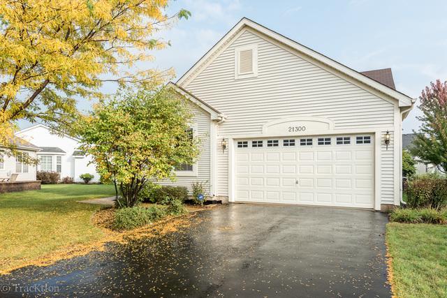 21300 Windsor Lake Lane, Crest Hill, IL 60403 (MLS #10342668) :: Helen Oliveri Real Estate