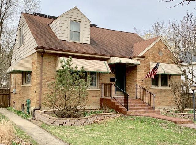 3324 Grand Boulevard, Brookfield, IL 60513 (MLS #10342683) :: Domain Realty