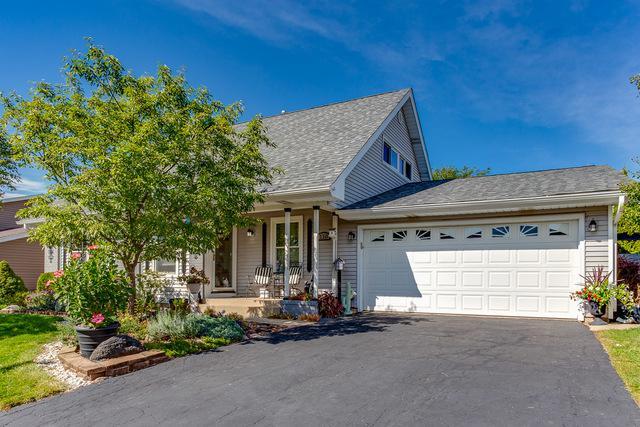 110 Parkchester Road, Elk Grove Village, IL 60007 (MLS #10342839) :: Berkshire Hathaway HomeServices Snyder Real Estate