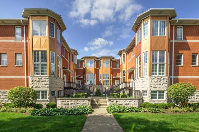 10 Park Avenue #10, River Forest, IL 60305 (MLS #10342996) :: Helen Oliveri Real Estate