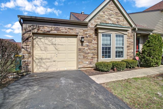 1324 Gloucester Circle, Carol Stream, IL 60188 (MLS #10343218) :: Berkshire Hathaway HomeServices Snyder Real Estate