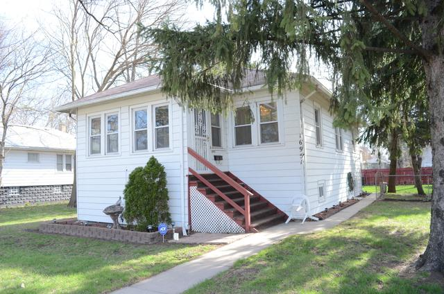 16951 Winchester Avenue, Hazel Crest, IL 60429 (MLS #10343451) :: Domain Realty