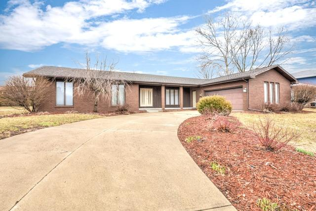 306 S Hershey Road, Bloomington, IL 61704 (MLS #10343608) :: Janet Jurich Realty Group