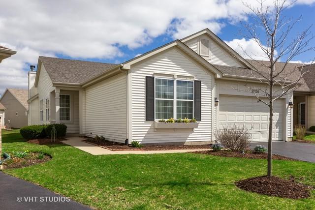 21256 Barth Pond Lane, Crest Hill, IL 60403 (MLS #10343617) :: Helen Oliveri Real Estate