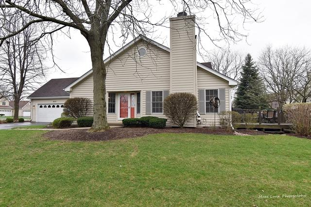803 Gosselin Circle, Batavia, IL 60510 (MLS #10343671) :: Lewke Partners
