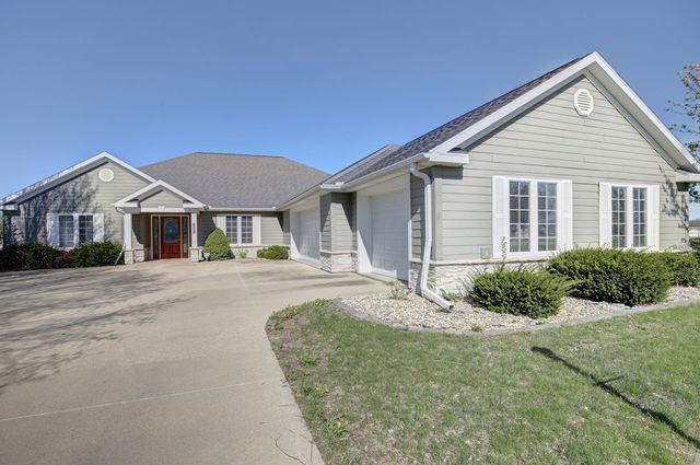 3008 Beringer Circle, Urbana, IL 61801 (MLS #10343741) :: Ryan Dallas Real Estate