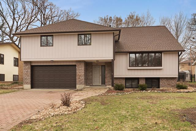 3115 Scenicwood Lane, Woodridge, IL 60517 (MLS #10343822) :: Century 21 Affiliated