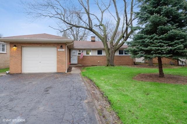 8039 Parkside Avenue, Morton Grove, IL 60053 (MLS #10343825) :: BNRealty