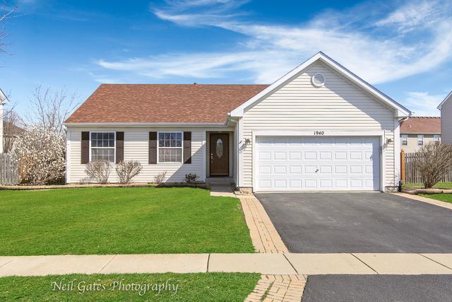 1940 W Helen Drive, Romeoville, IL 60446 (MLS #10343833) :: Angela Walker Homes Real Estate Group