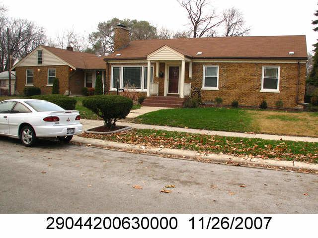 14436 S Wabash Avenue, Riverdale, IL 60827 (MLS #10343947) :: Domain Realty
