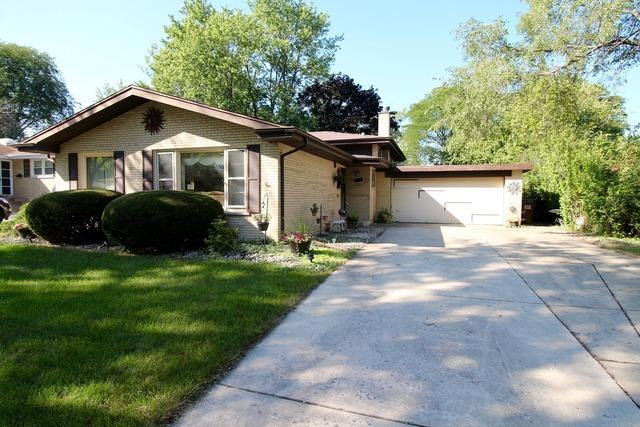 1500 187th Street, Homewood, IL 60430 (MLS #10343948) :: Leigh Marcus | @properties