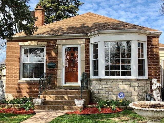 2520 S 13th Avenue, Broadview, IL 60155 (MLS #10344203) :: Domain Realty