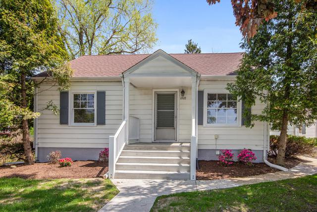 1910 N Raynor Avenue, Crest Hill, IL 60403 (MLS #10344408) :: Century 21 Affiliated