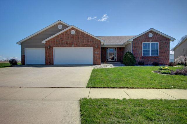 Tuscola, IL 61953 :: Janet Jurich Realty Group