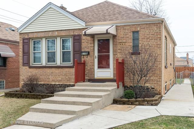 5105 S Massasoit Avenue, Chicago, IL 60638 (MLS #10344786) :: Leigh Marcus | @properties