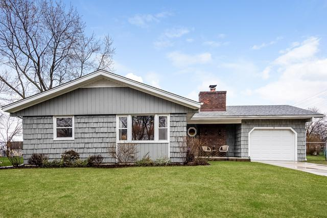 9 W Beechwood Court, Buffalo Grove, IL 60089 (MLS #10345032) :: Helen Oliveri Real Estate