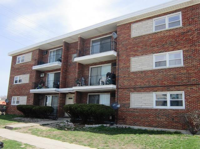 1525 State Street, Calumet City, IL 60409 (MLS #10345169) :: Domain Realty