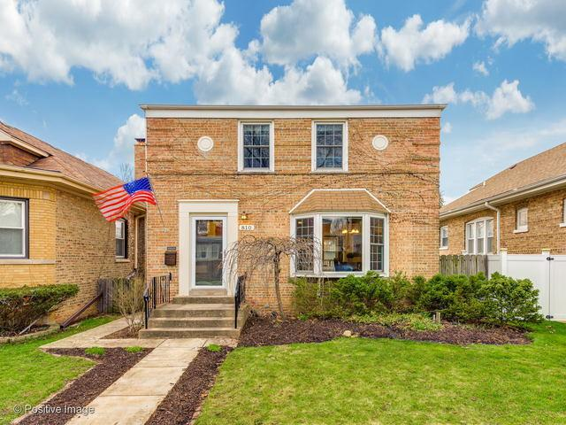 810 Portsmouth Avenue, Westchester, IL 60154 (MLS #10345231) :: Leigh Marcus | @properties
