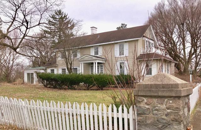 26531 W Cuba Road, Barrington, IL 60010 (MLS #10345286) :: Ani Real Estate