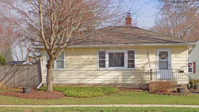 919 Dekalb Avenue, Sycamore, IL 60178 (MLS #10345354) :: Century 21 Affiliated