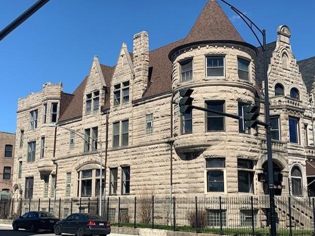 4058 S King Drive, Chicago, IL 60653 (MLS #10345376) :: Helen Oliveri Real Estate