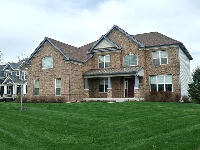 3640 Doral Drive, Elgin, IL 60124 (MLS #10345429) :: Ryan Dallas Real Estate