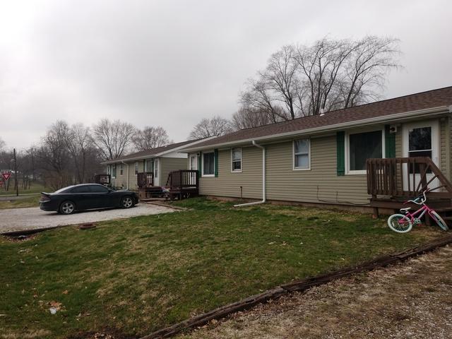 405 Washington Street, Hopedale, IL 61747 (MLS #10345447) :: Janet Jurich Realty Group
