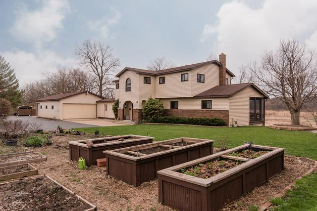 909 Nippersink Road, Spring Grove, IL 60081 (MLS #10345467) :: Lewke Partners