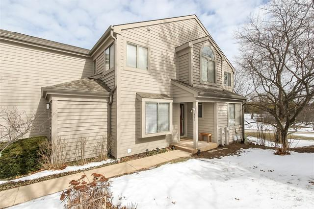 825 Shoreline Road, Lake Barrington, IL 60010 (MLS #10345518) :: The Jacobs Group