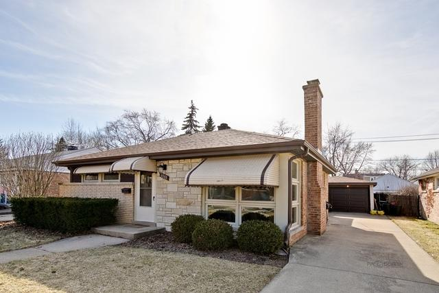 9026 Mansfield Avenue, Morton Grove, IL 60053 (MLS #10345530) :: Helen Oliveri Real Estate