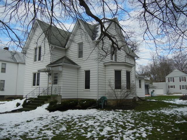 430 S 1st Street, Dekalb, IL 60115 (MLS #10345734) :: Domain Realty