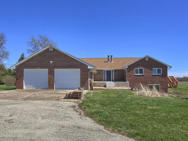 71 Cr 2150 N, Mahomet, IL 61853 (MLS #10345868) :: Janet Jurich Realty Group