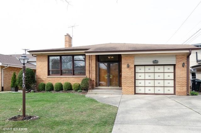 4630 W Estes Avenue, Lincolnwood, IL 60712 (MLS #10345941) :: Domain Realty