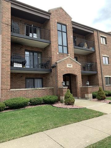 7945 W 90th Street 1B, Hickory Hills, IL 60457 (MLS #10346657) :: Domain Realty