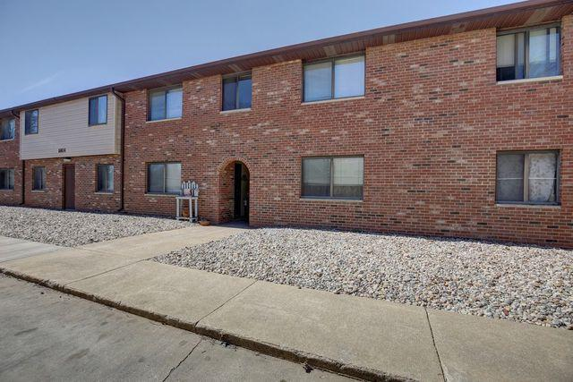 1801 Richardson Drive #7, Urbana, IL 61802 (MLS #10346760) :: Littlefield Group