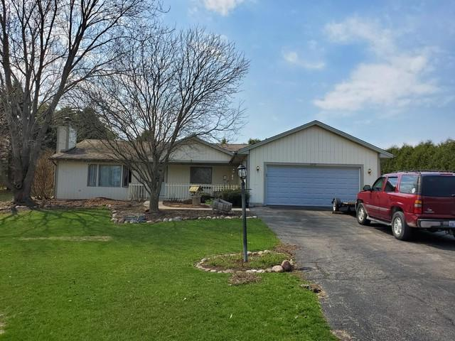 8707 Deer Trail Road, Spring Grove, IL 60081 (MLS #10346880) :: Century 21 Affiliated