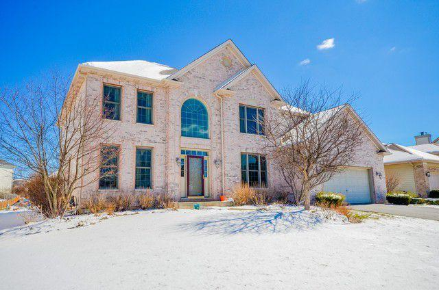 841 Campbell Drive, West Chicago, IL 60185 (MLS #10346954) :: Leigh Marcus | @properties