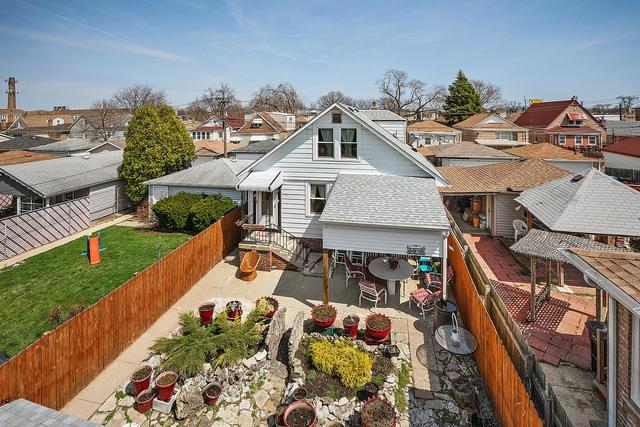 2831 N Meade Avenue, Chicago, IL 60634 (MLS #10347122) :: Domain Realty