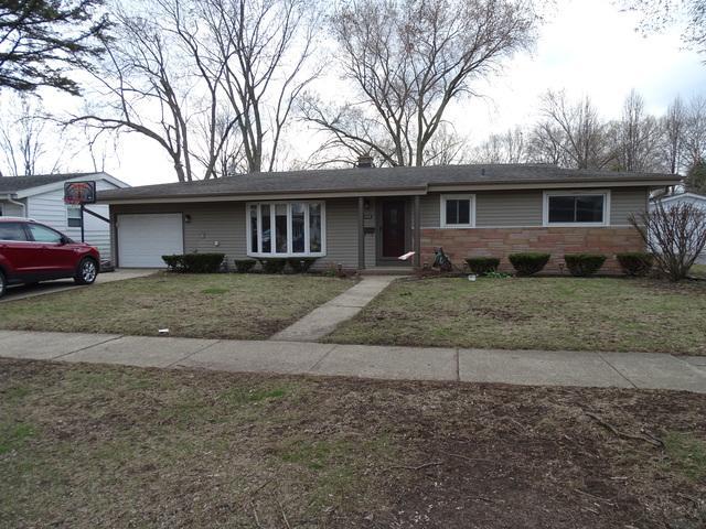 300 N Macarthur Drive, Palatine, IL 60074 (MLS #10347202) :: Domain Realty